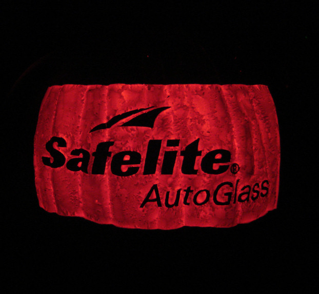 Safelite AutoGlass [orange foam] (2011)